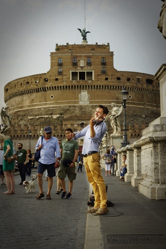 Violinist on Ponte Sant' Angelo